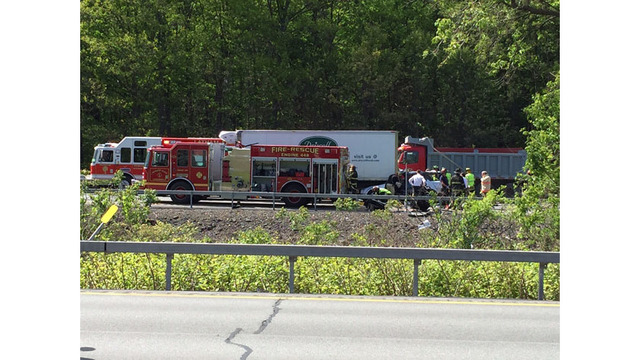 Lanes reopened after Northway crash in Colonie