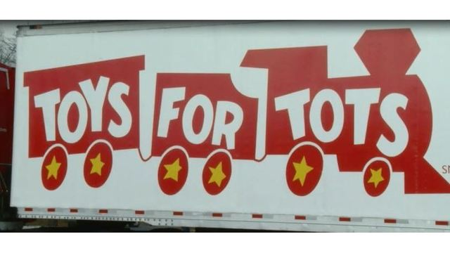 Amtrak S Annual Toys For Tots Project In Jeopardy