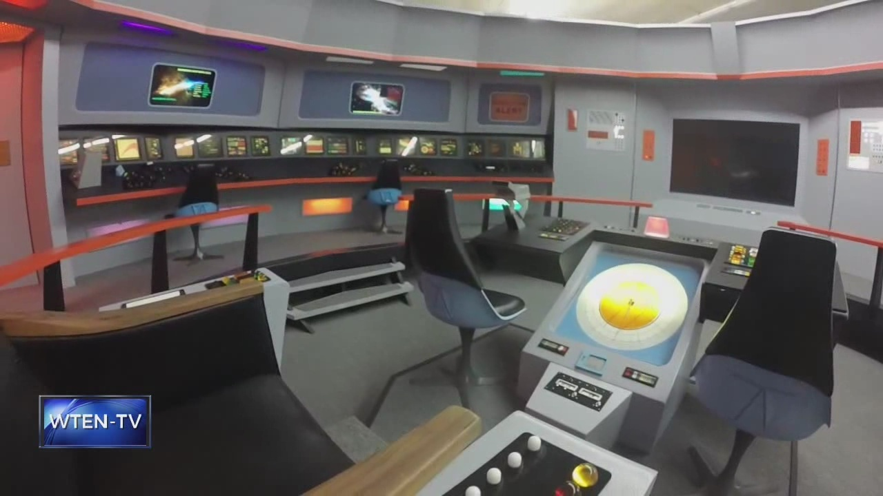 Trekking in Ticonderoga: Local man builds 'Star Trek: The Original Series' replica set