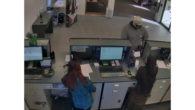 colonie-td-bank-robbery-3_523280