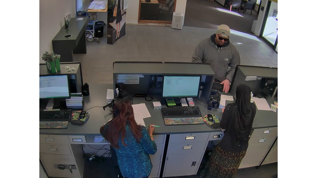 colonie-td-bank-robbery-4_523279