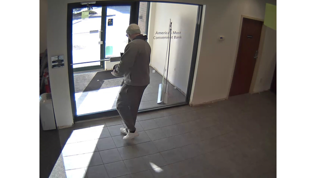 colonie-td-bank-robbery-7_523276