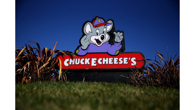 Chuck E. Cheese offers 'Pay your child's age' a day after Build-A-Bear nightmare