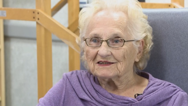 102-year-old Red Sox fan excited to attend her 4th World Series game