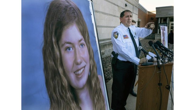 Wisconsin man arrested in teen's abduction, parents' deaths