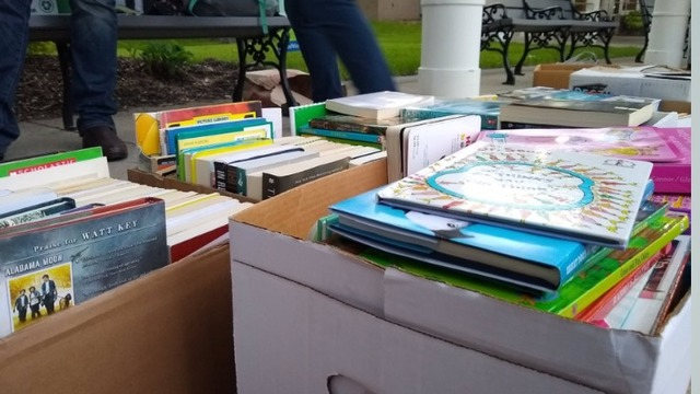 """Shaker students collect hundreds of children's books with """"Rising Readers"""" project"""